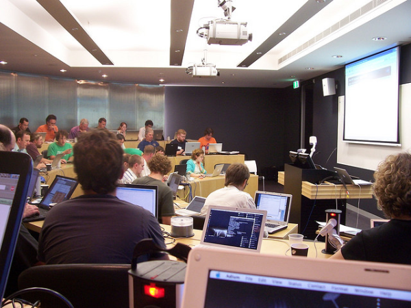 Students can use laptops or other Internet-enabled devices to improve their learning in large lectures.