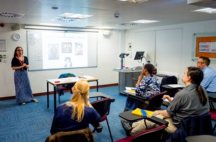 Kings_College_London_-_Classroom.jpg