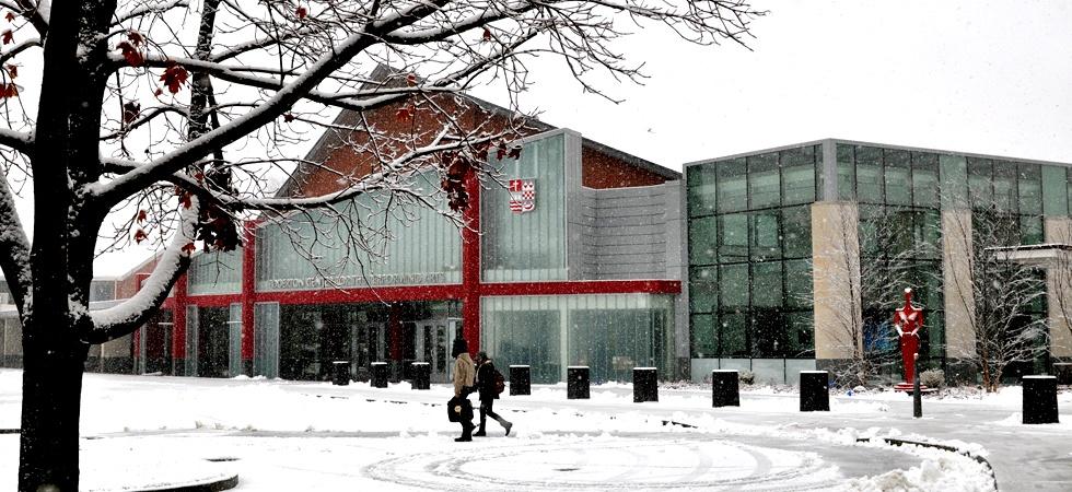 Sacred_Heart_University_Campus_Winter.jpeg