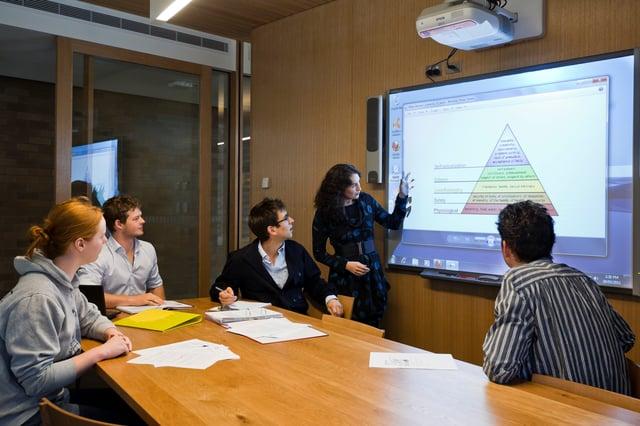 Trinity_College_Classroom.jpg